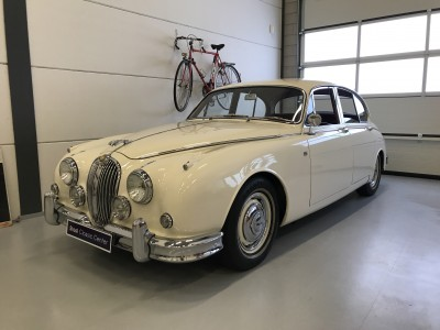 Jaguar MKII 3.8 ltr 1960 Matching Fully Restored - second owner