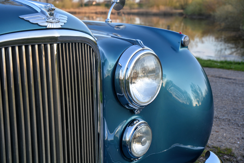 Jaguar Mark VII 1951 Restored - Winner concours d'elegance ...